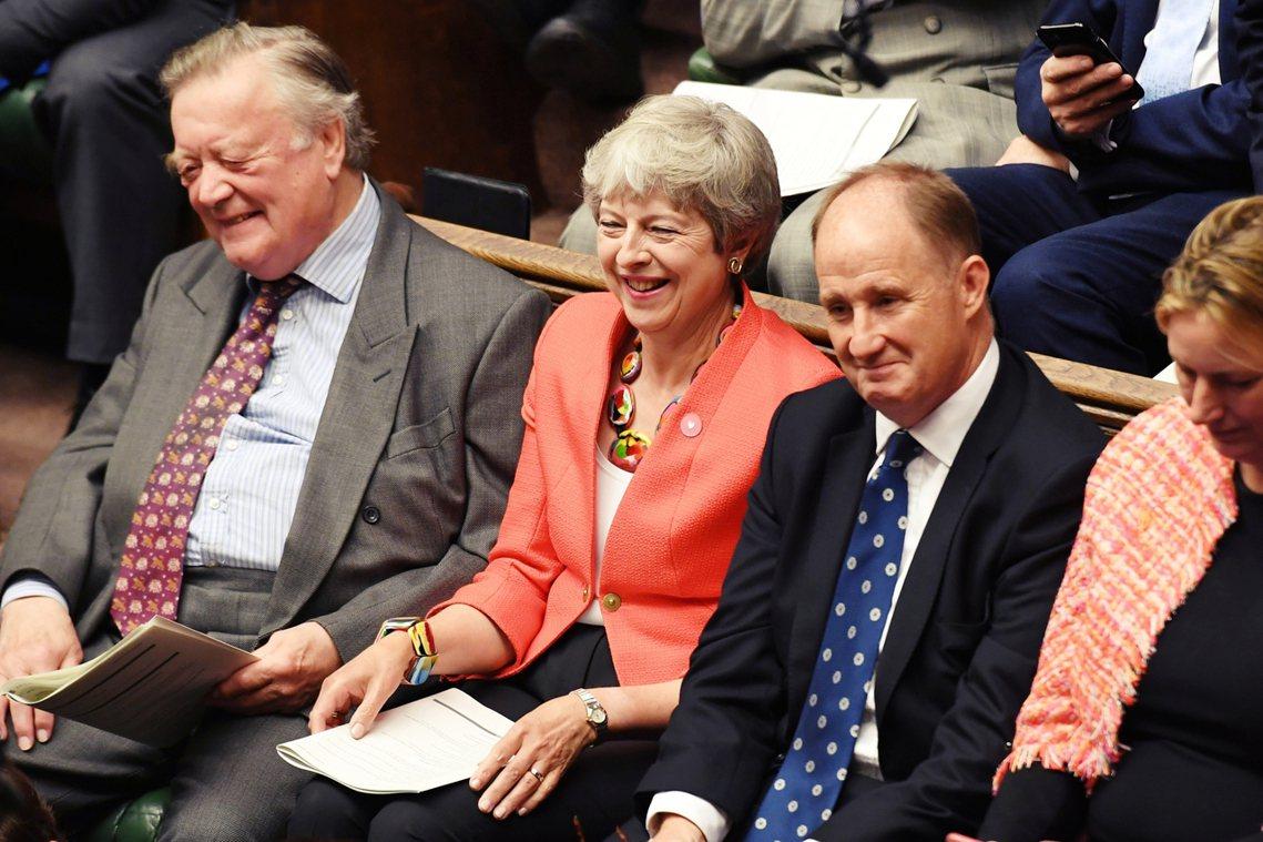 一向自詡為「全英國最懂脫歐」的強森,過去不斷狙擊前首相梅伊《脫歐協議草案》,自7...