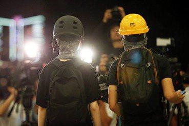 反送中運動陷瓶頸:香港暗夜漫長,黎明何時升起?