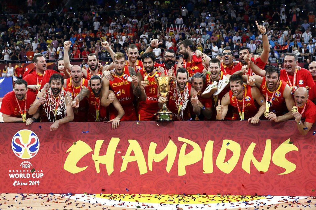 西班牙以全勝之姿奪冠。 美聯社