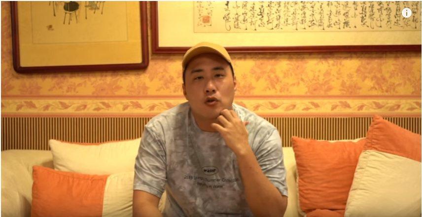 余祥銓拍影片示範如何瘦身。圖/摘自YouTube