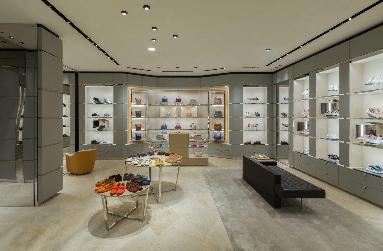 TODS台中新光三越概念店重新開幕,打造30坪的奢華購物空間。圖/TOD'S提供