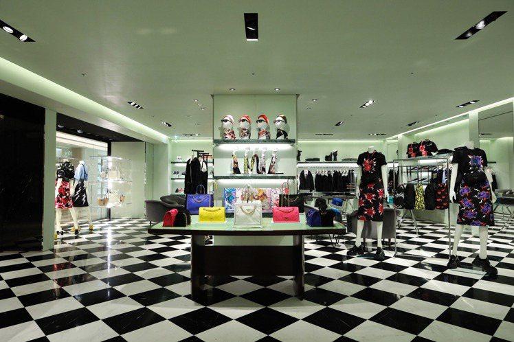 義大利時尚品牌PRADA於高雄漢神百貨開設全新男女裝專門店。圖/PRADA提供
