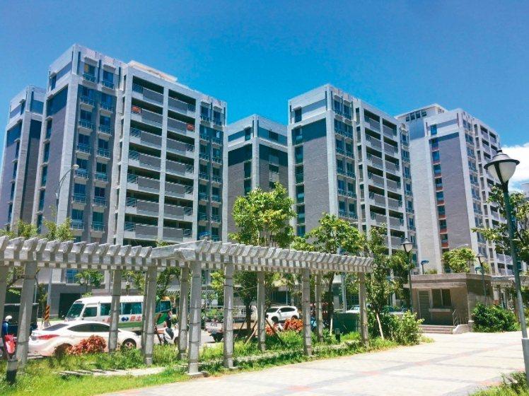 台北市政府正在推動士林北投科技園區開發案,目前已興建專案住宅。圖/聯合報系資料照片