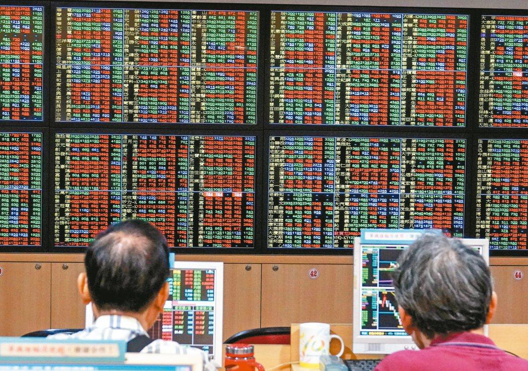 外資8月雖淨匯出,但留下來投資台股的更多。 記者鄭超文/攝影