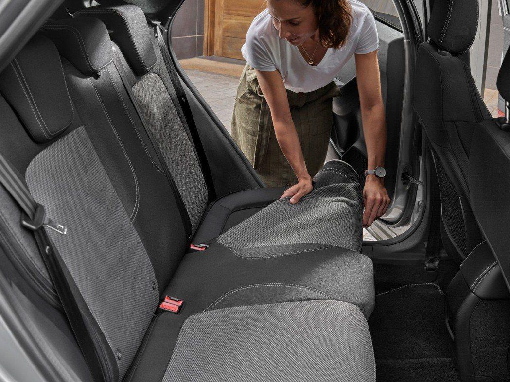 全新Ford Puma Titanium X配有可拆卸與清洗的椅套。 摘自For...