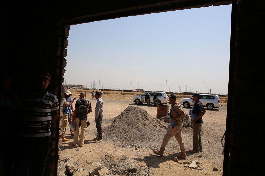 伊拉克和伊斯蘭國的惡戰重創了拜吉,城鎮內一片滿目瘡痍。 (法新社)