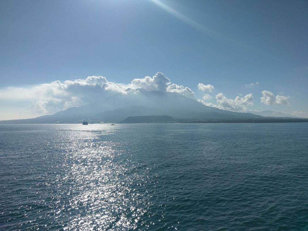 自第十八櫻島丸之第四層甲板眺望櫻島