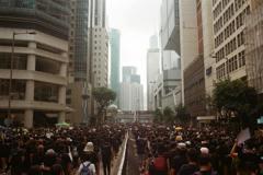 暴政/掌控關鍵年代的獨裁風潮,洞悉時代之惡