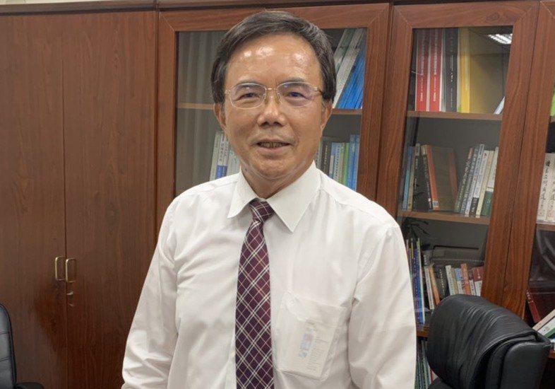 法務部政務次長蔡碧仲發言惹議,他昨天下班前喊冤。 記者王聖藜/攝影