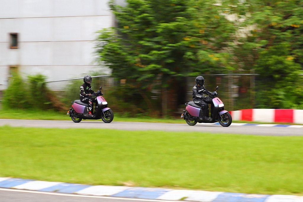 Gogoro S2 ABS媒體賽道試乘活動,採漸進模式進行,讓所有學員能逐步認知...