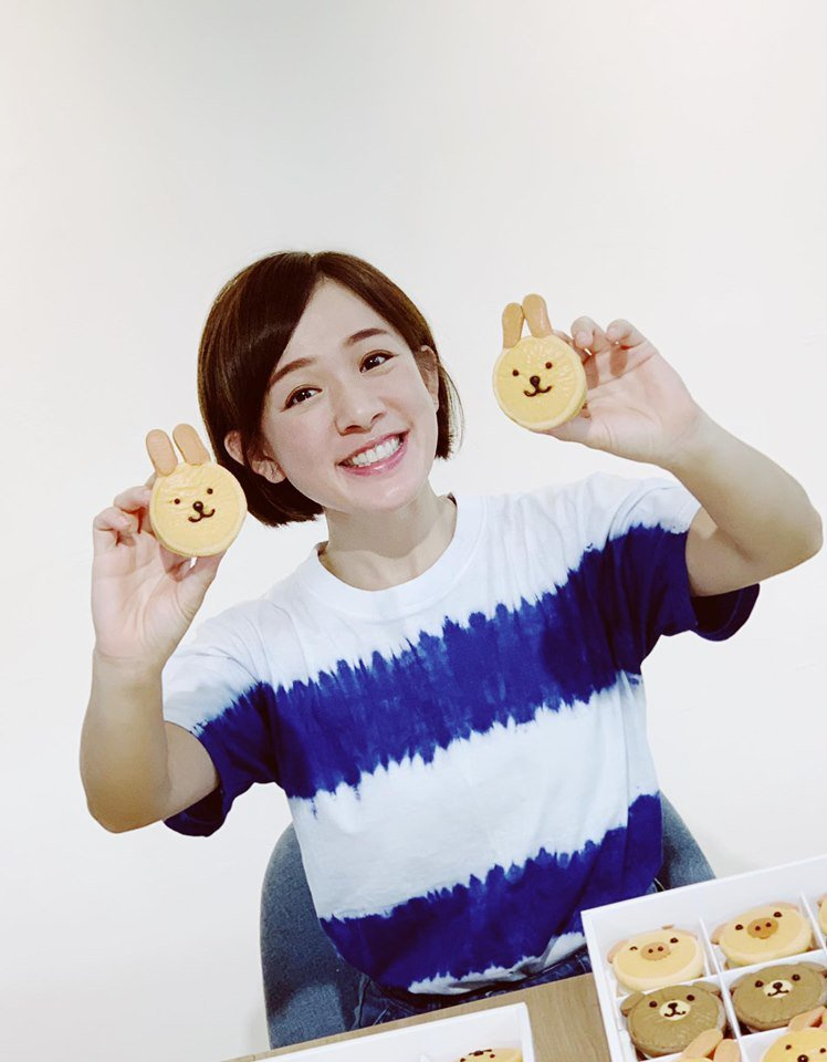 林彥君的月餅禮盒大受歡迎。圖/摘自臉書