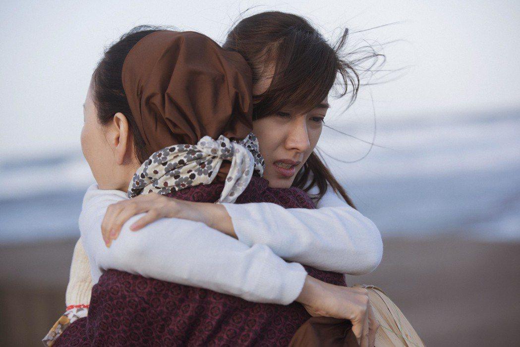 張瓊姿和戲裡的女兒田羽安重逢。圖/公視提供