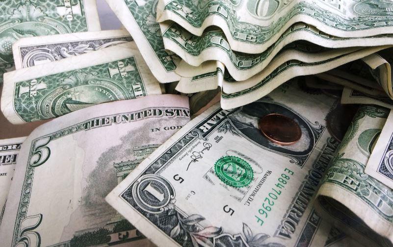 美元今年來升值,但匯市策略師提醒投資人慎防美國出手干預。 美聯社