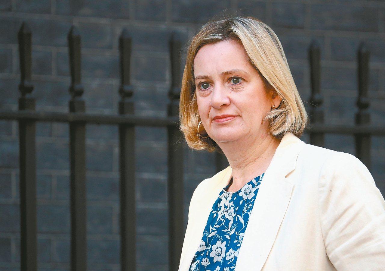 英國就業及退休保障大臣魯德(Amber Rudd)7日請辭。 路透