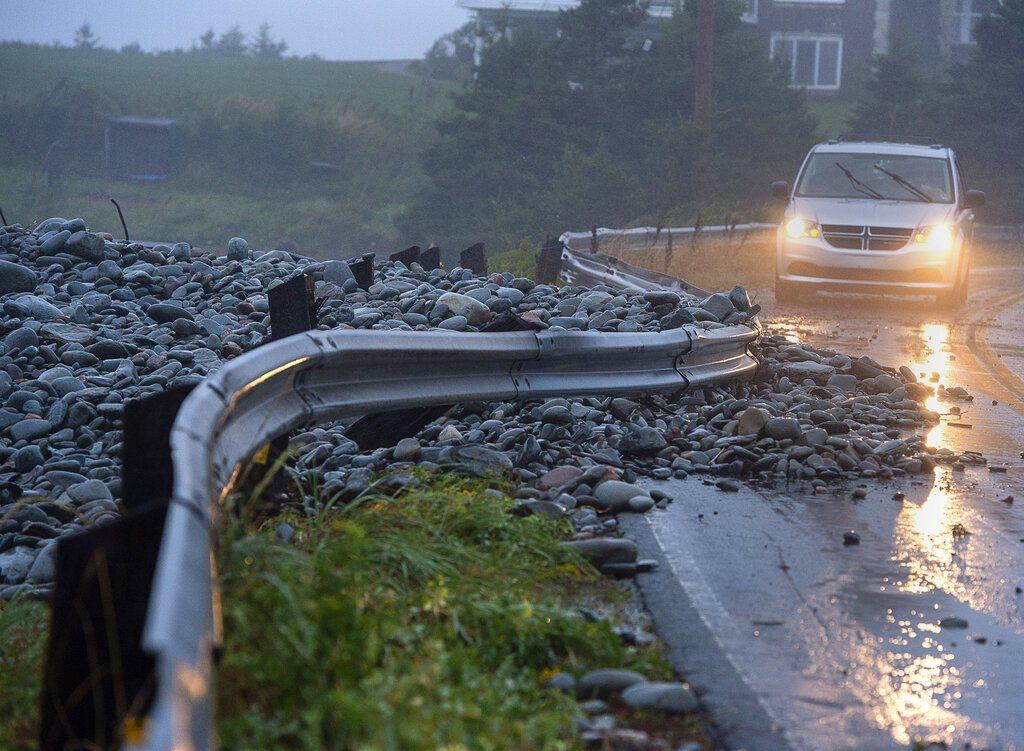 多利安風暴襲擊加拿大大西洋沿岸地區。 美聯社