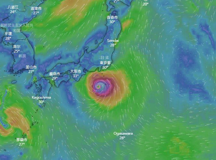 中颱「法西」直撲日本。 圖擷自Windy.com