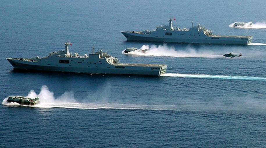 中共解放軍在東海海域舉行軍事演習。 圖/取自香港01