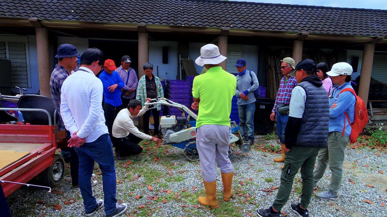 花蓮壽豐鄉農會辦理一系列農耕士培訓課程,希望招募更多農村青年人力投入農業。圖/民...