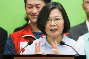 蔡英文競選主軸有意思?<u>胡幼偉</u>:她把國安牌讓給韓國瑜