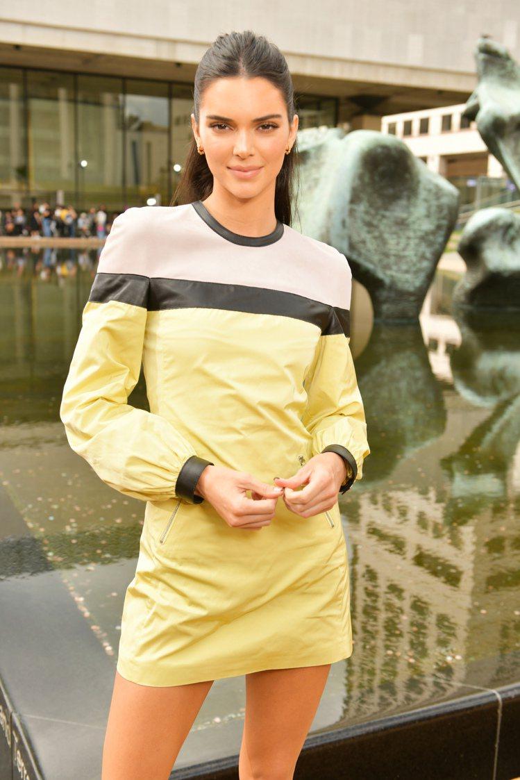 品牌形象代言人Kendall Jenner出席Longchamp的2020春夏時...
