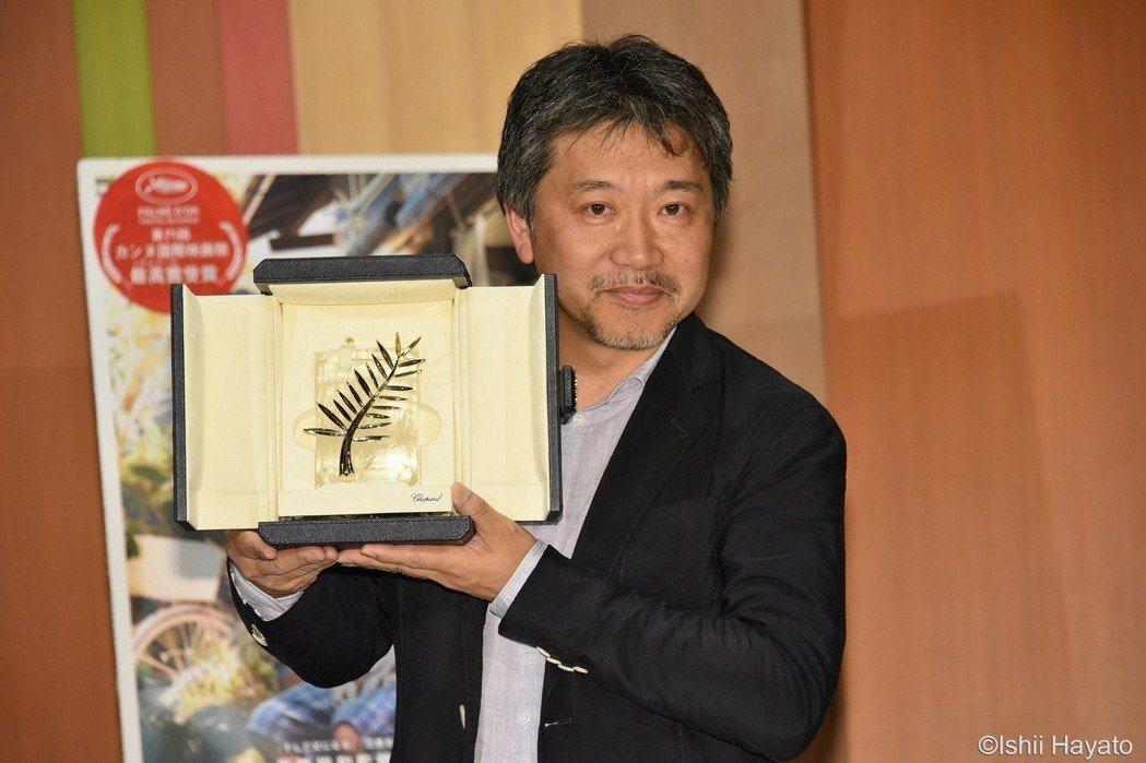 是枝裕和去年曾以「小偷家族」拿下坎城金棕櫚獎。圖/采昌提供