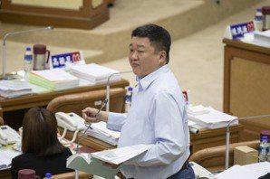 國民黨稱政黨支持度勝民進黨 何博文:吹口哨壯膽