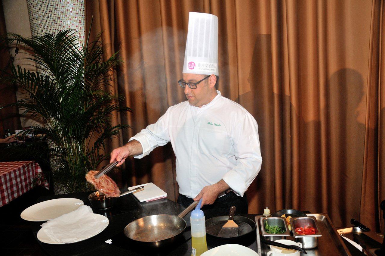 義籍主廚法比歐曾擔任瑞士采爾馬特伯里瓦奇酒店副主廚,精心規劃9周年套餐。圖/義大...