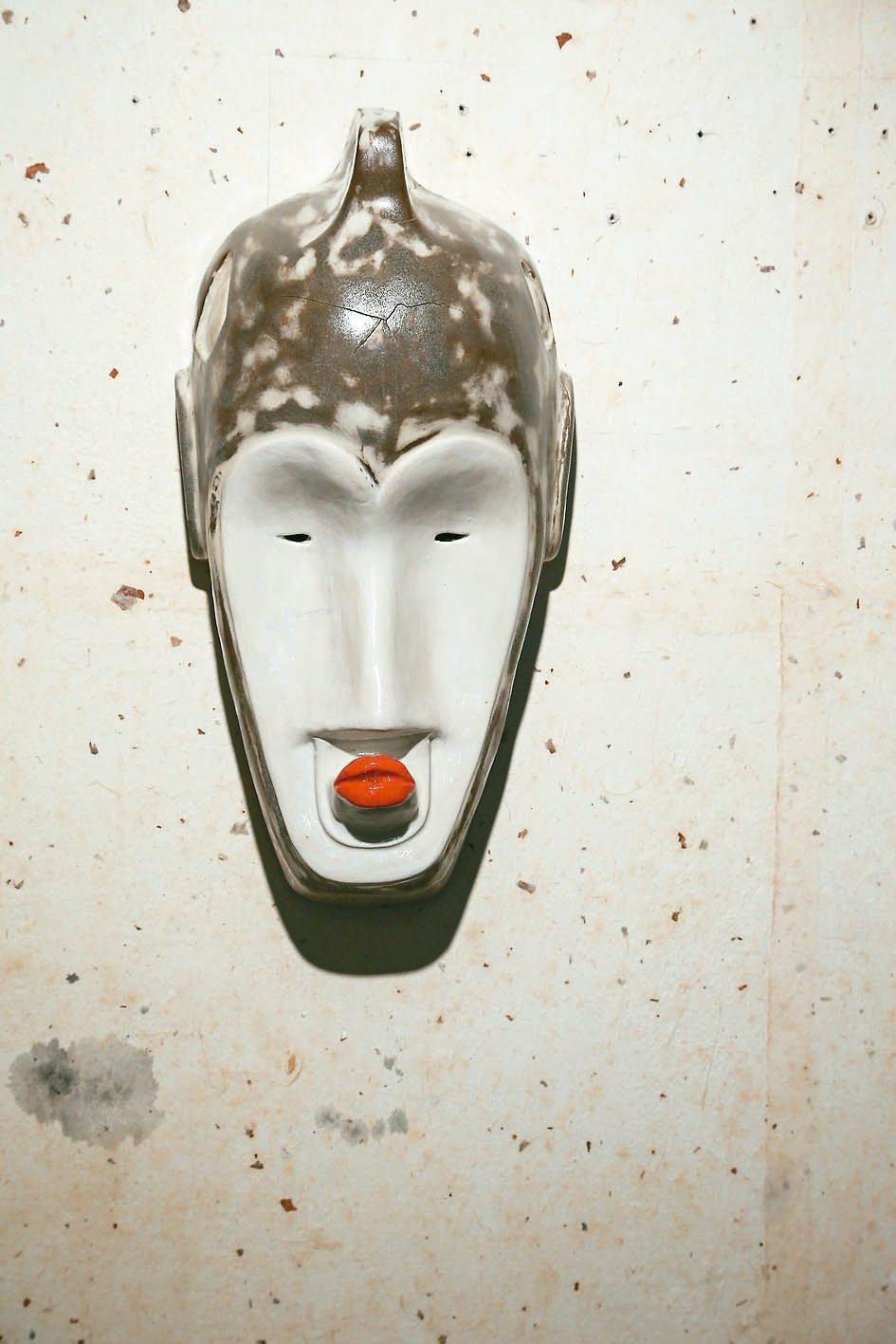 雷明思個展呈現多元文化混搭。 圖/陳立凱攝影