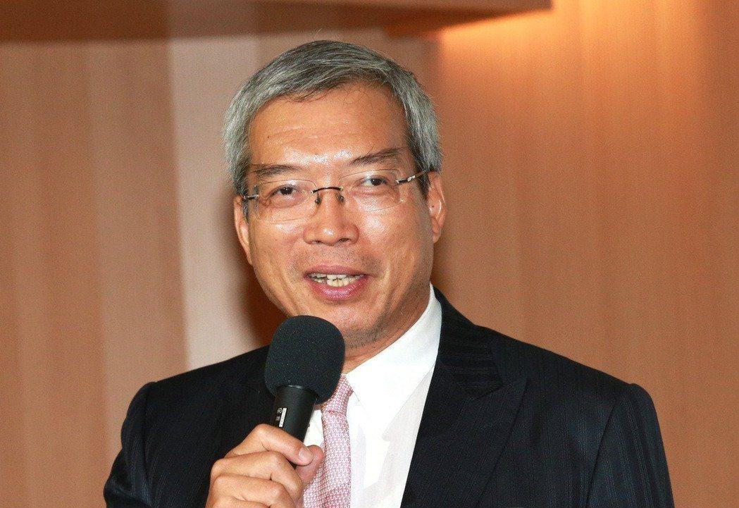 財信傳媒董事長謝金河。 圖/取自臉書
