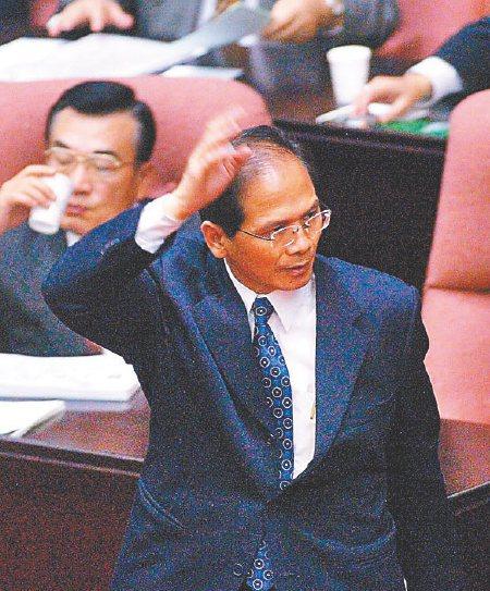陳水扁執政時期,時任行政院長的游錫堃曾提出「恐怖平衡理論」。圖/聯合報系資料照片