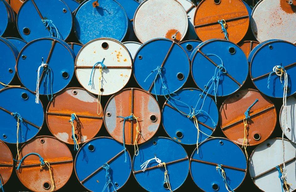 國際能源總署(IEA)9日再度調降全球原油需求成長預估,主因美中貿易戰衝擊全球經...
