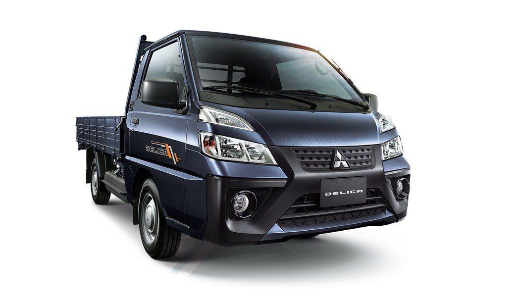 新世代得利卡推出精湛藍全新車色,除耐髒實用外,更體現出現代頭家對商機掌握的沉穩內...