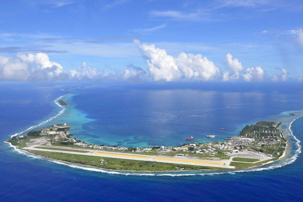 海平面上升等問題對太平洋島國帶來危害。攝於2015年8月8日,馬紹爾群島。 圖/美聯社