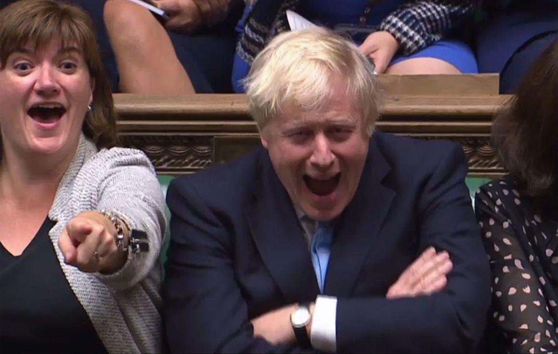 解散國會再度失敗的強生,短短的首相生涯至今,已連續遭遇「6次表決挫敗」,執政提案...