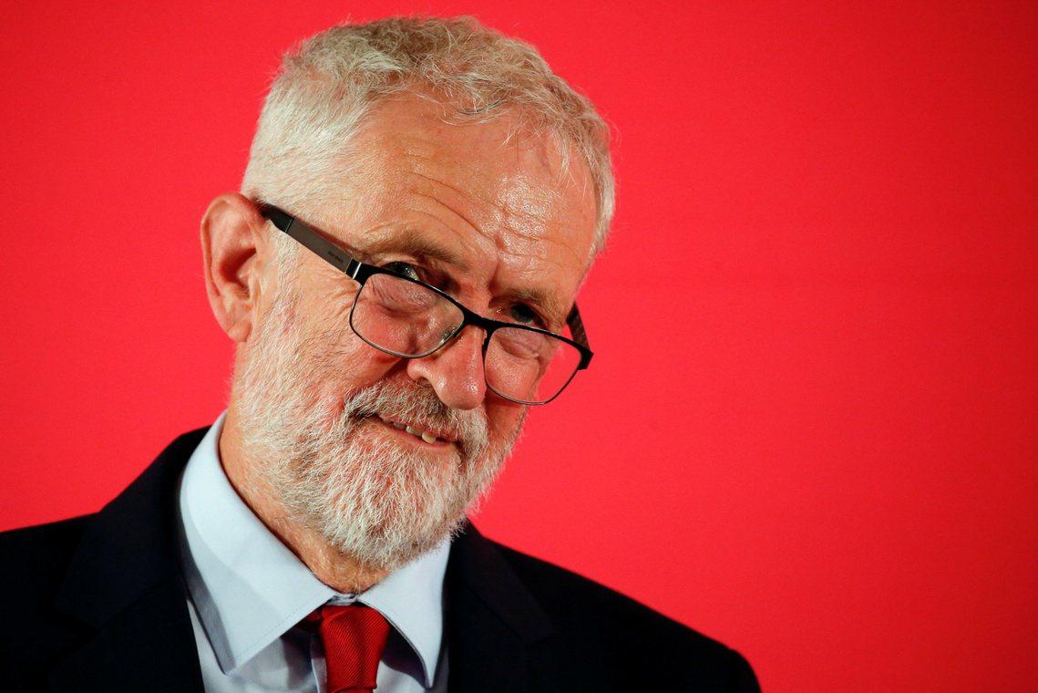 工黨柯賓更已下令黨籍議員「積極動員11月大選」。但為了不讓鮑里斯掌握選舉的主動氣...