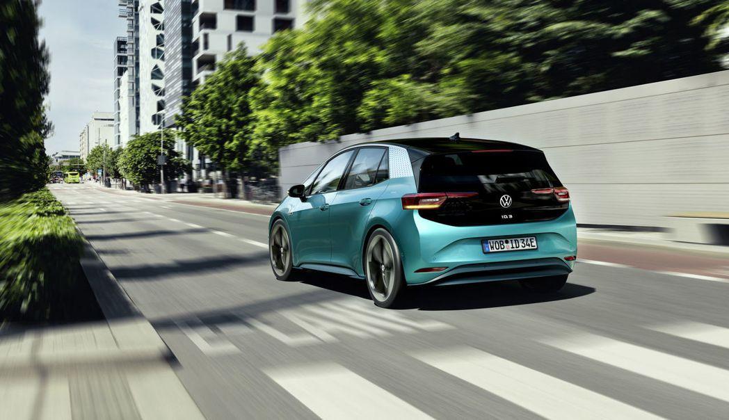 Volkswagen ID.3 提供了三種不同續航里程的車型供消費者選擇。 摘自...