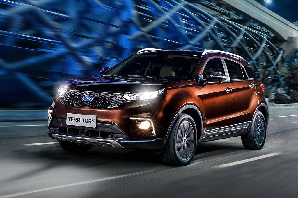 Ford於去年9月在中國成都車展推出嶄新中型運動休旅車Territory,以平價...
