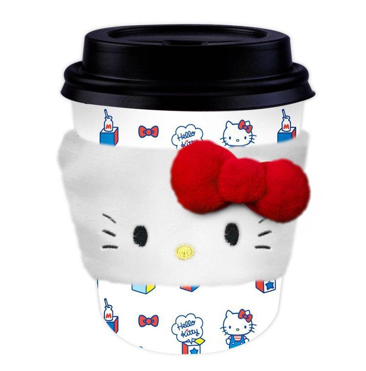 Hello Kitty暖心隔熱杯套,全家便利商店9月11日至10月8日購買指定品...