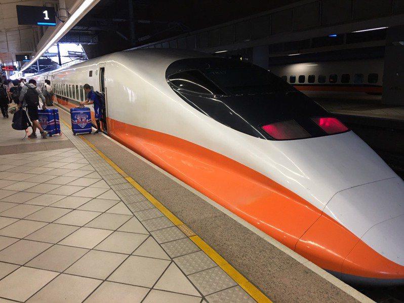 有網友認為與其將高鐵南延其實花東才更需要,因為花東是台灣觀光的最大特色。記者楊文琪/攝影