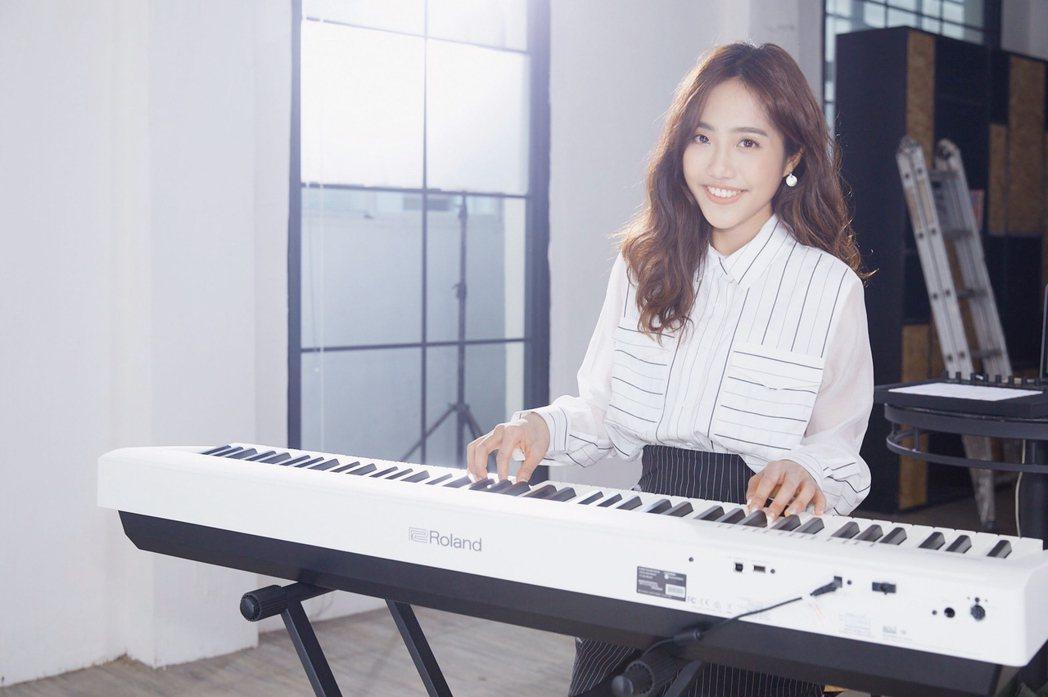 蔡佩軒推出新歌「跳舞到天明」。圖/Webtvasia提供