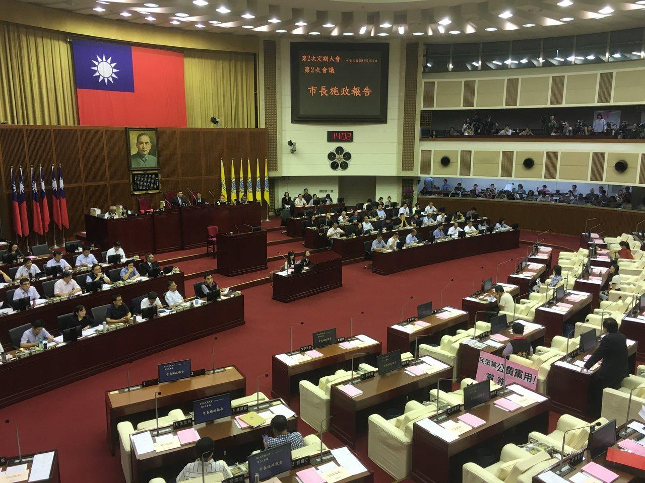 台北市長柯文哲今天赴市議會施政報告。記者張世杰/攝影