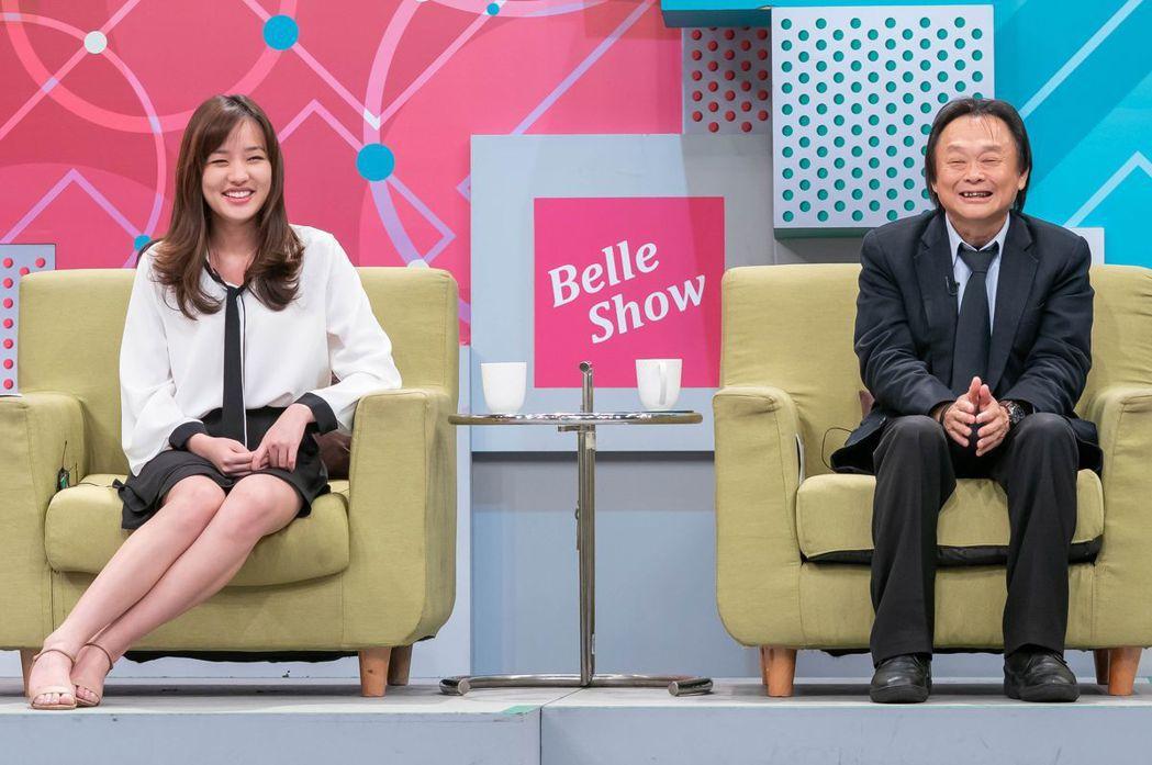 韓冰(左)和王世堅同台錄影。圖/TVBS提供