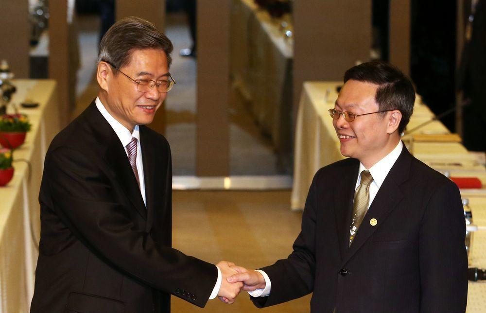 張志軍(左)與王郁琦。圖/聯合報系資料照片
