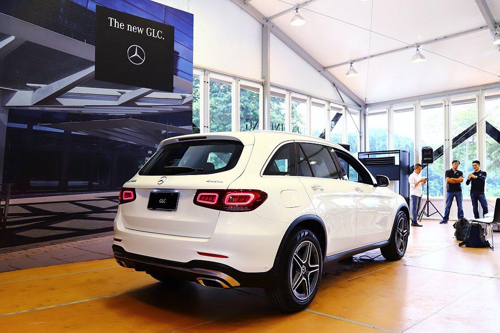 賓士GLC是台灣豪華休旅大熱門,並將於近期推出小改款車型。 記者張振群/攝影