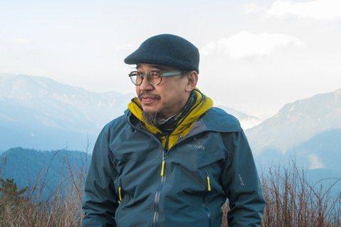 詹偉雄年過半百才領略山岳之美。 圖/陳立凱攝影