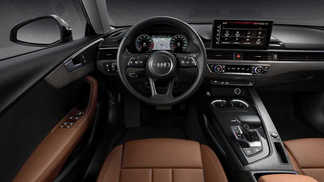 A5 標準版內裝。 摘自Audi