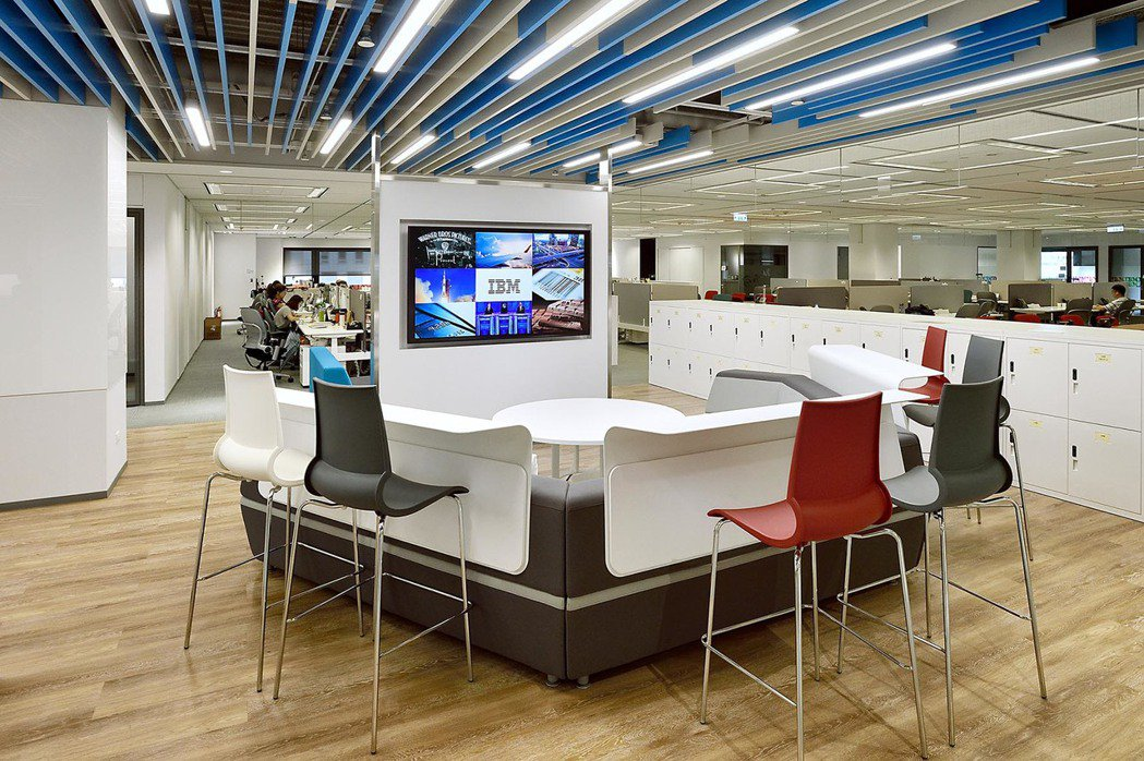 IBM新辦公室以敏捷(Agile)文化和協同共創作為設計理念。 IBM /提供