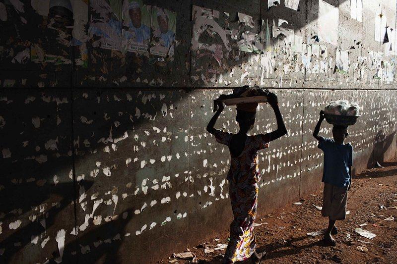 今日,非洲飢餓的單一印象沒有離我們遠去,只是飢餓可能被疾病所取代。 圖/路透社