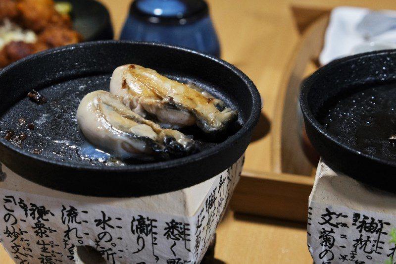 ▲生蠔及干貝都是生食級,可以依個人口味選擇吃法