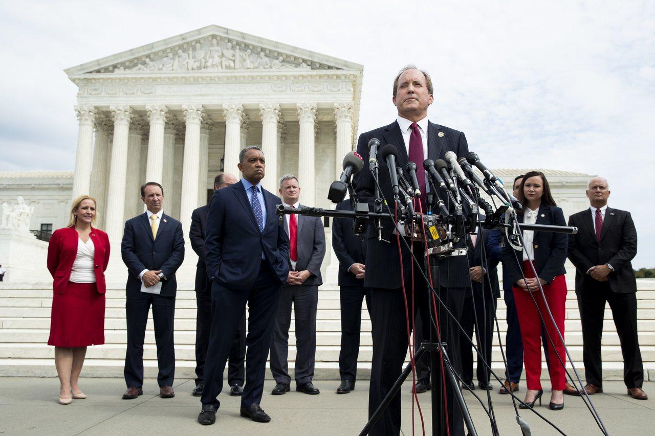 美國德州檢察長派克斯頓聯合多位州檢察長,9日共同宣布對Google展開反壟斷調查...